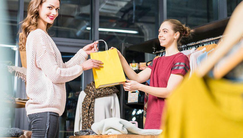 Como e quando abrir um e-commerce para sua loja de roupas e calçados